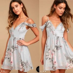 LULU'S - NWT Verona Light Blue Floral Dress